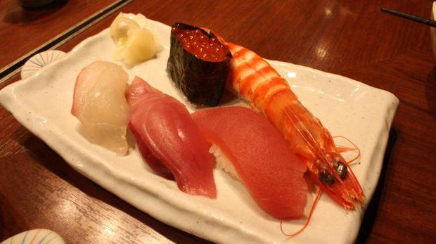 Aneka sushi yg juga tidak kalah menggoda (Firdaus/detikTravel)