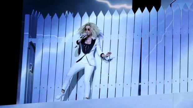 Penampilan Katy Perry di Grammy.