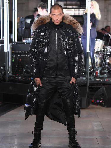 Mantan Napi Tampan Ini Jadi Model di New York Fashion Week