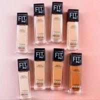 5 Pilihan Foundation Favorit Para Model, Gigi Hadid Hingga Cindy Crawford