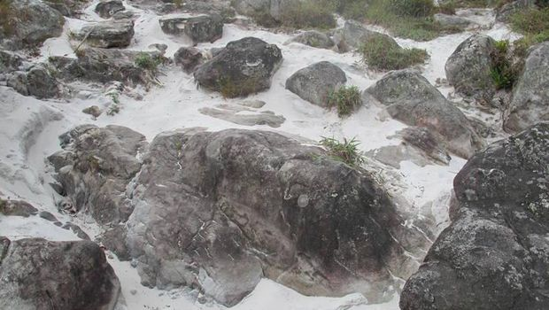Banyak batu granit (Afif/detikTravel)
