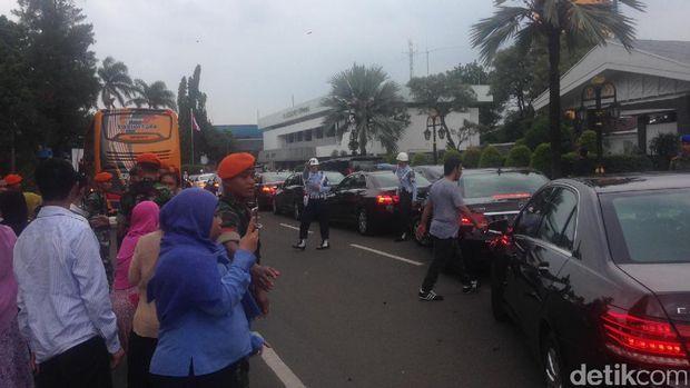 Panjangnya Iring-iringan Raja Salman yang Bergerak ke Istana Bogor