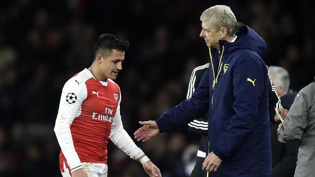 Alexis Sanchez menolak memperpanjang kontraknya bersama Arsenal demi hijrah ke Manchester United.