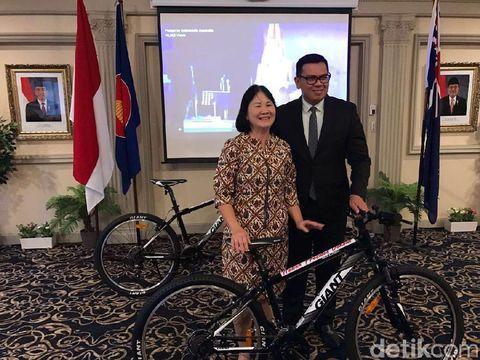 Sepeda Hadiah Presiden Jokowi Sampai ke Australia