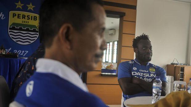 Michael Essien menjadi pemain pertama yang berstatus marquee player di kompetisi Indonesia.