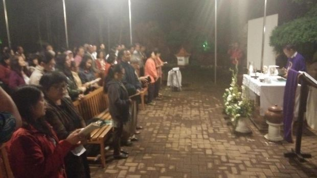 Jemaat Gereja di Batu Gelar Doa untuk KH Hasyim Muzadi