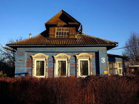 Rumah tradisional dengan arsitektur khas Rusia (Maxim Shemetov/Reuters)