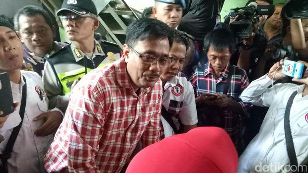 Djarot tinjau posyandu di Jakarta Barat /