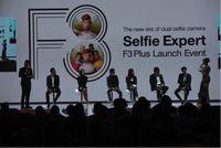 Group Selfie: Tren Terbaru yang dihadirkan OPPO F3 Plus