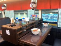 Jika ke Jepang Anda Bisa Tur dengan Bus Ini Sambil Cicipi Makanan Jepang Istimewa