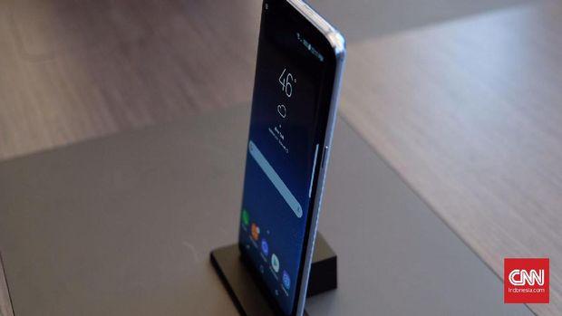 Membedah Spesifikasi dan Fitur Duo Samsung Galaxy S8