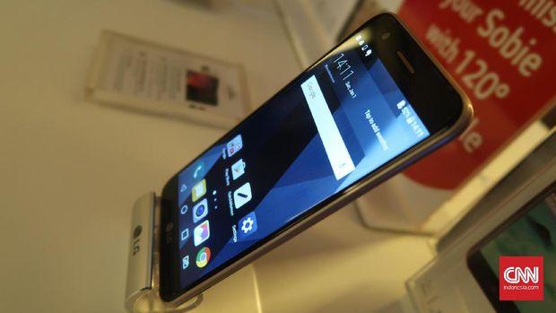 LG Andalkan K10 2017 Demi Adang Oppo dan Vivo