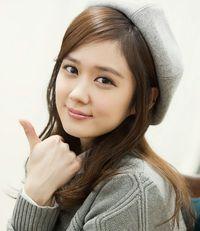 Foto: Imutnya 5 Aktris Korea Berwajah <i>Baby Face</i> di Usia 20-an Lebih