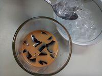 Mau Minuman Segar? Racik <i>Thai Tea</i> dengan 3 Langkah Ini