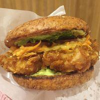 MAM: Di Sini Ada Burger Sehat dengan <i>Patty</i> Ayam Goreng Tepung yang Renyah
