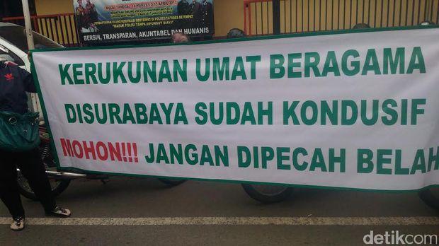 Warga Surabaya tolak pengajian Habib Rizieq