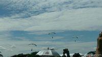 HUT ke-71, TNI AU Pamerkan Akrobat Udara Sampai Simulasi Tempur