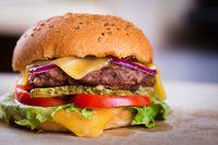 Saking Ingin Burger, Bocah 8 Tahun Nekat Bawa Mobil Ayahnya ke McDonald's
