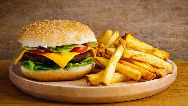 Hati-hati Konsumsi Makanan dan Minuman Ini Agar Tak Alami Diare Saat Mudik