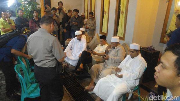 Ditolak Massa, Pembentukan FPI Semarang Digagalkan Polisi