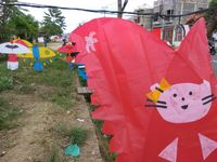 Long Weekend Murah di Lhokseumawe, Asyiknya Main Layangan