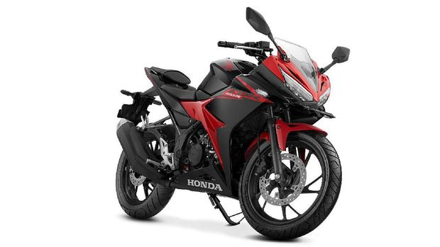Honda CBR150R Street Fire