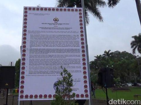Massa Dihadang Polisi di Ciamis saat Jalan Kaki ke Jakarta