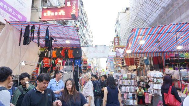 Belanja Oleh-oleh di Hong Kong, Mong Kok Tempatnya!