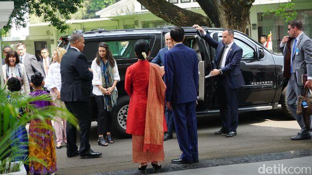 Wapres AS Mike Pence tiba di Istana.