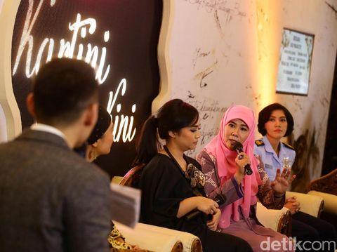 Asma Nadia: Kalau Perempuan Bergerak Banyak Urusan Beres