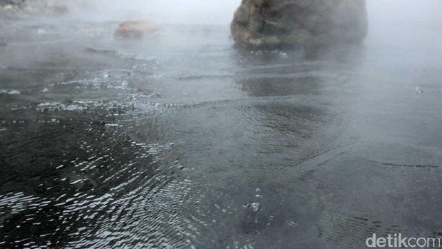Ada tiga sumber air panas yang masih aktif (Randy/detikTravel)