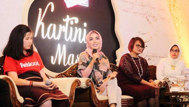 Medina Zein, 'Kartini Milenial' Berhijab yang Jadi Miliuner di Usia 24