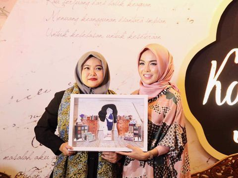 Bersama Pimpinan Redaksi Detikcom, Iin Yumiyanti