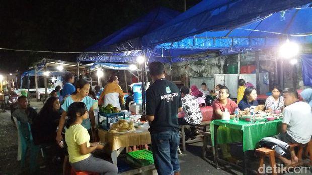 Pasar Malam Kampung Solor buka dari sore hingga malam hari (Melisa/detikTravel)