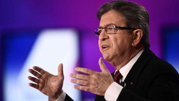 Pria berusia 65 tahun itu merupakan salah satu kritikus pemerintahan Presiden Francois Hollande paling keras.