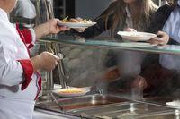 Sekolah Negeri di New York Akan Diwajibkan Sediakan Makanan Halal dan Kosher