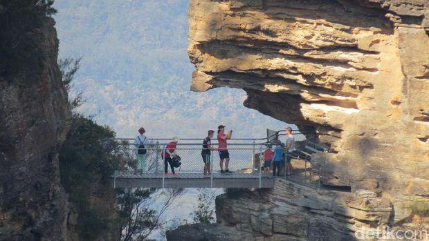 Kisah 3 Gadis Menjadi Batu di Australia