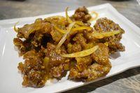 Sam's Wok: Gurihnya General Tso Chicken dengan Bumbu Asia Gaya Amerika