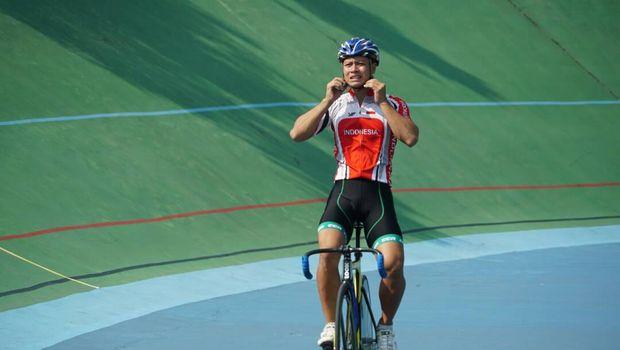 Robin Manullang