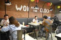 Sam's Wok; Gurihnya General Tso Chicken dengan Bumbu Asia Gaya Amerika