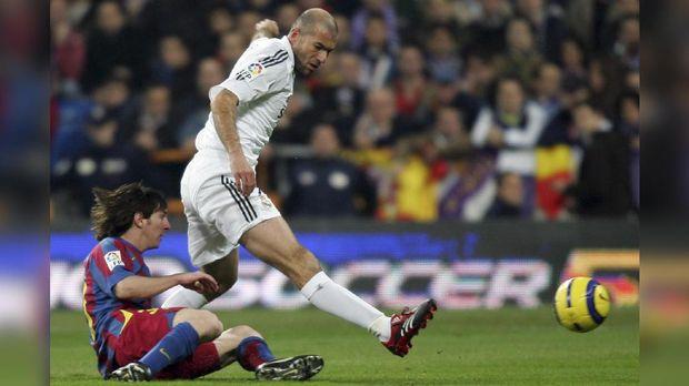 Zinedine Zidane pernah menjadi pemain termahal di dunia ketika masih aktif bermain.