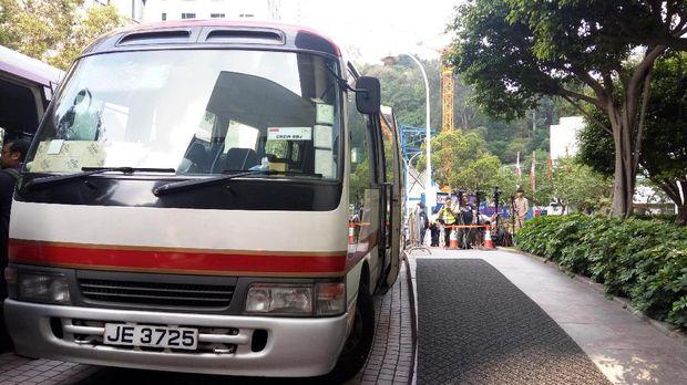 Media lokal juga meliput kunjungan Presiden Jokowi ke Hong Kong.
