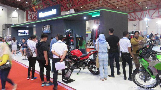 Kawasaki Ubah Beberapa Warna Motor di IIMS 2017