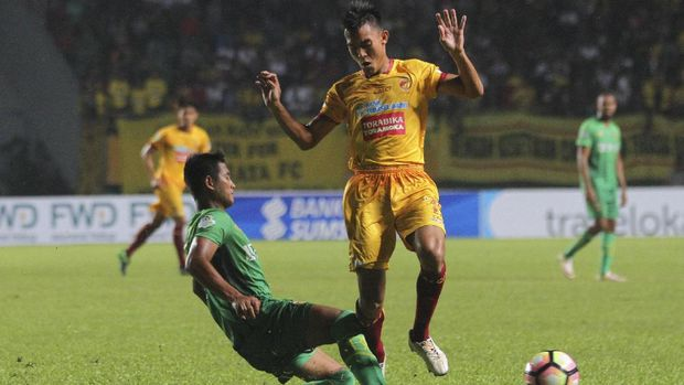 Sriwijaya FC gagal bersaing di papan atas klasemen Liga 1 2017.