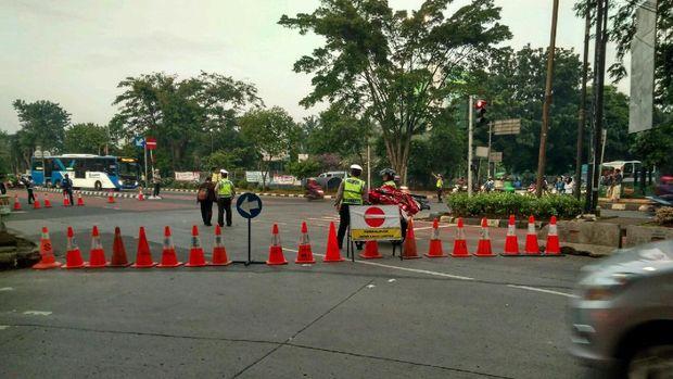 Lalin Depan Kementan Ditutup, TransJ Koridor 6 Tak Sampai Ragunan
