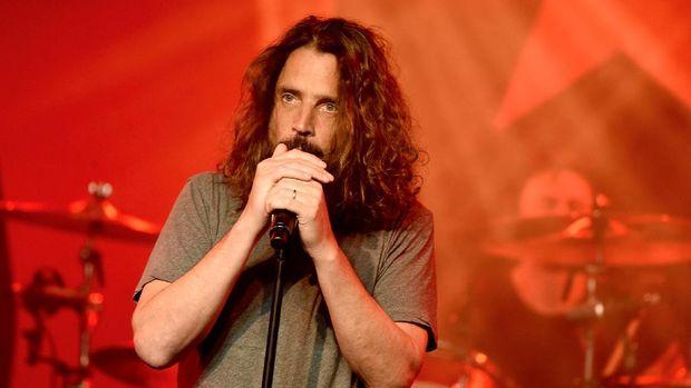 Mengenang Lagu-Lagu Terbaik Chris Cornell