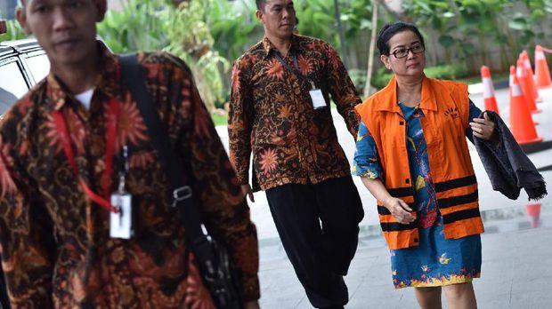 Miryam S Haryani, ketika menjalani pemeriksaan di gedung KPK, Jakarta, Jumat (19/5).