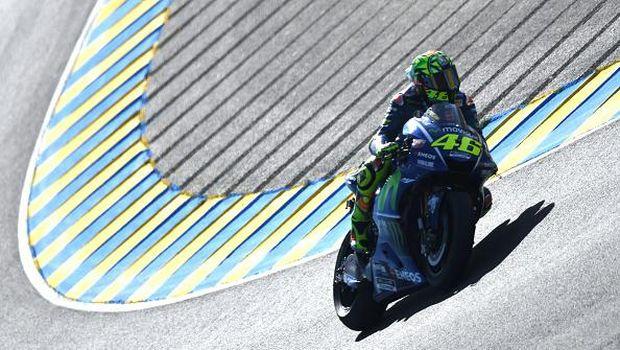 Dramatis di Prancis: Vinales Juara, Rossi <i>Crash</i>