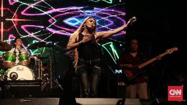 Krakatau saat tampil di Bali Blues Festival.
