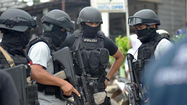 Di Indonesia, serangkaian aksi teror yang mengatasnamakan ISIS pun kerap terjadi.  (ANTARA FOTO/Wahdi Septiawan/aww/17)